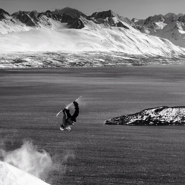 We're so hyped to chat with the legend @chocorompe for a feature interview in #issue33 #steezmagazine here's a shot by @danielmikkelsen of the king himself throwin a backflip in northern norway. #norway #backflip #vannoya #terjehaakonsen #lyngenalps...
