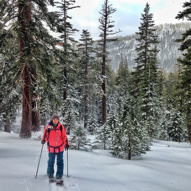 Nothing like #christmasday powder. It was so good yesterday I had to go back for more before work today. :) #laketahoesnow #splitboard I love my new @dakine outerwear! 3 layer  #gore-tex for the female line! So stoked! #dakine #oakley...