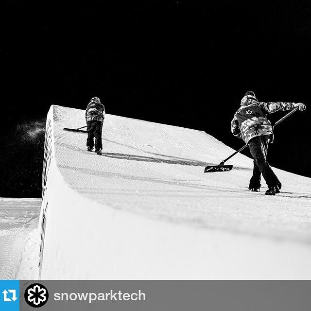 #Repost @snowparktech ・・・ X Games 2014 (p. @Gabe_LHeureux) | #XGames #Aspen #BW #SPTGear #SnowParkTech
