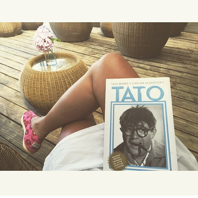 Tato: (the best) Argentinian sketch performer and TV host ever. Thanks @marourivero #requiredreading #Paezshoes #instamood
