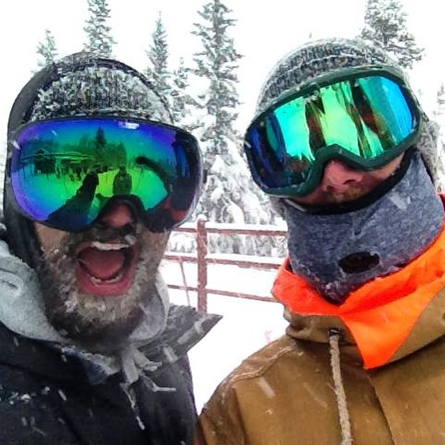 No friends on a powder day, unless you're @wil_lavigne and @phil_jacques!  Where have you been rocking your SPY goggles?  #SEEHAPPY #HappyLens