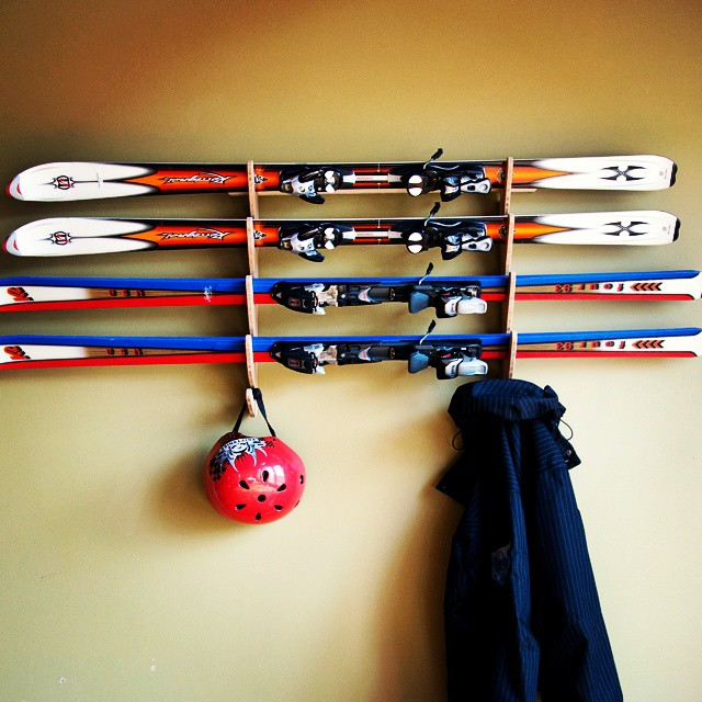 Didn't wake up #Christmas morning with a #Grassracks under the tree? Worry not, we're here for you. Skiers, check out our Hallsteiner and Vercules Series and get your stuff up on the wall.  #skirack #bamboo #boardrack #2015 #ecofriendly #winter #snow...