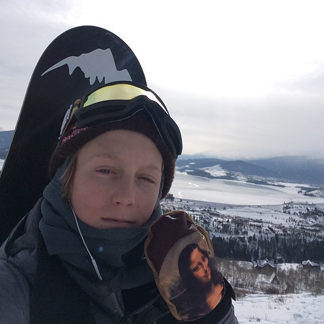 @redgerard sneaking in one more hike before the new year wearing the #deadartistseries mitt