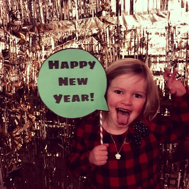 "#quinnstagram says ""Happy New Year"""
