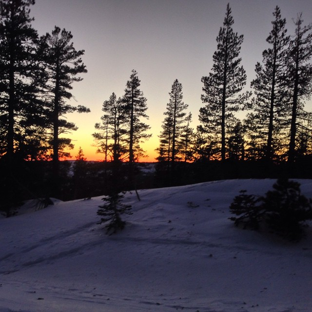 #thriving #sunset #castlepeak #tahoe #backcountry #nofilter @leeguarino @dougfagel