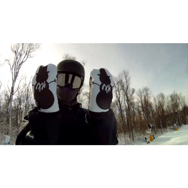 @brett_siemon rocking the limited edition @waltsnowboarding x @frostyheadwear mittens. Only 12 made, 4 pairs left. Get yours before they expire through www.frostyheadwear.com! #FrostyHeadwear #Limited #Mittens