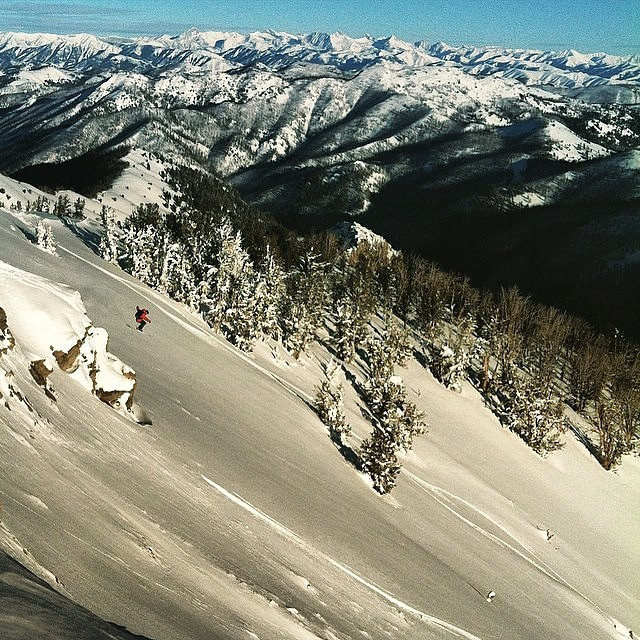 Our man Jeremy Lato //( @idahobackcountry ) has been crushing the Idaho backcountry for years. Here he is starting 2015 off the same way...Sending it! Photo Cred: @mandrew_slay #kittenfactory #idahobackcountry #idaho #backcountry #skitouring...