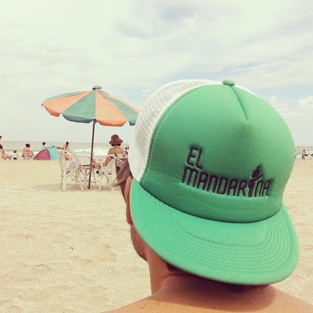 Un poco de mandarina en pinamar! #summer #surf #boards #beach #surfing #elmandarinasurf