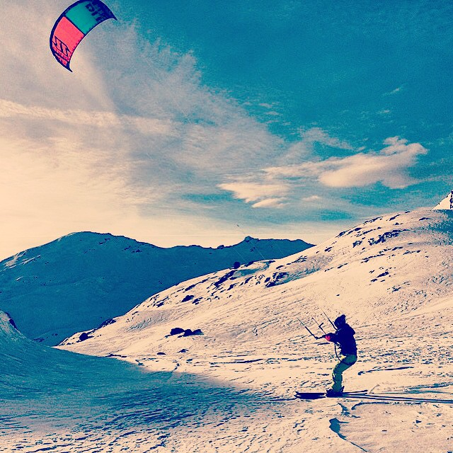 Great kite skiing session at Monte Spluga, Italy with @milo_marco #protectourwinters #skiitaly #beautifulday #instagood