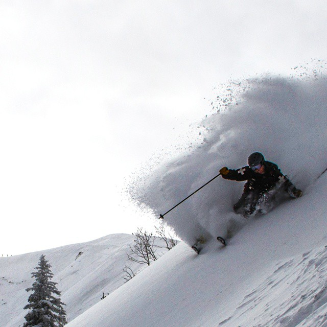 Conditions are GOOD in the #highlandsbowl @aspensnowmass  according to patrol ambassador A. Smith.