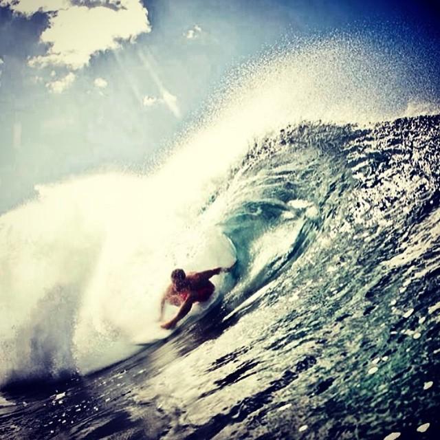 En plena intoxicación espiritual Feli Suárez @felisuarez1 #Hawaii #TreToThis #Volcom #Surf