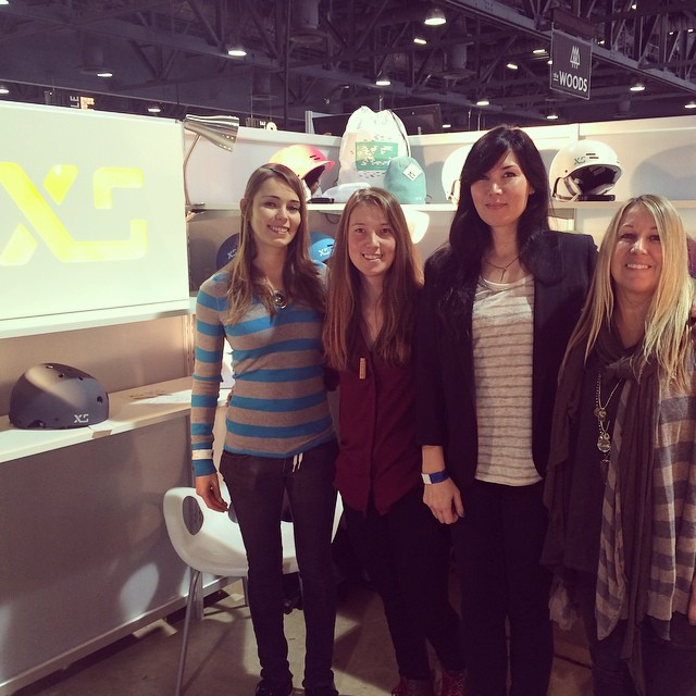 Always a pleasure chatting with these ladies @girlisnota4letterword  @ameliabrodka @taratatethegreat #xshelmets #agendashow