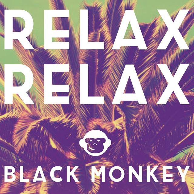 Se declara oficialmente el comienzo del fin de semana!! Ahora si, Relax Relax Relax and #Blackmonkey! #blackmonkeystore #alpargatas #diseño #estilo #onda #colores #summer #playa #verano #amigoinvisible #relax #instaphoto #instapic #photooftheday...