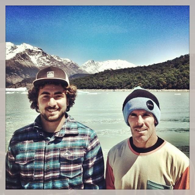 Tomy y Cutun haciendo turismo? No lo creo!!! #wake #glaciar