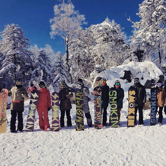It's amazing to see Smokin growing - here's some of our homies in #China getting their shred on. #forridersbyriders #HandMadeLakeTahoe  #OK thanks for the photo and the support!  @tylulusb