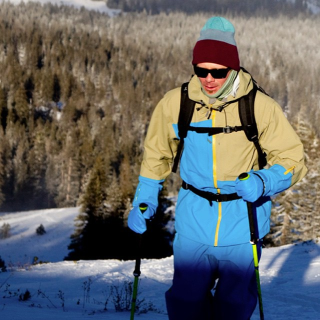 We thought we sold out of these coats in November, but, we just found secret box of 20 larges. So, for anyone that likes the look @jeremywbenson is showing off here in the Sierra backcountry, there is still a chance to score one. Quantum Pro Jacket,...