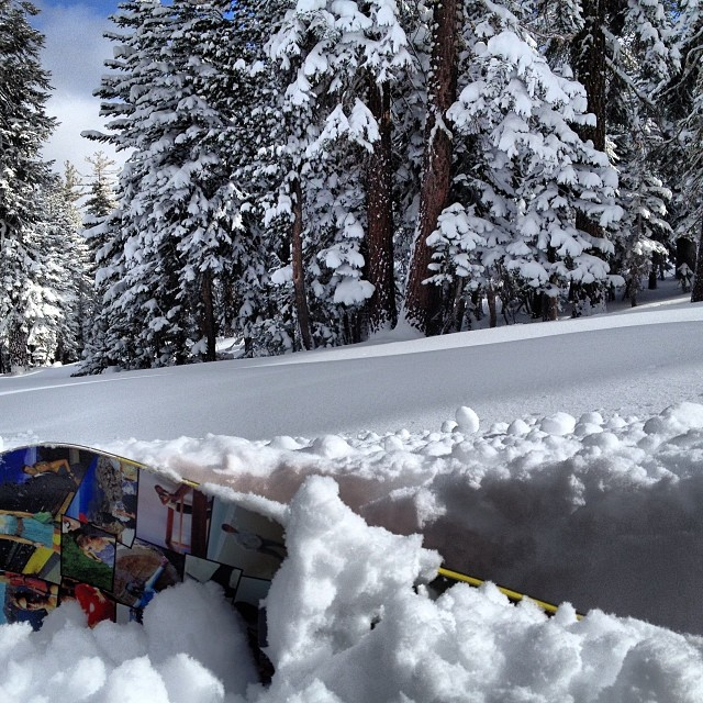 The storm brought colder temps to #Tahoe with some blower pow - it's deep out there! We're in our happy place @skinorthstar #powday #Day1 #snowboarding