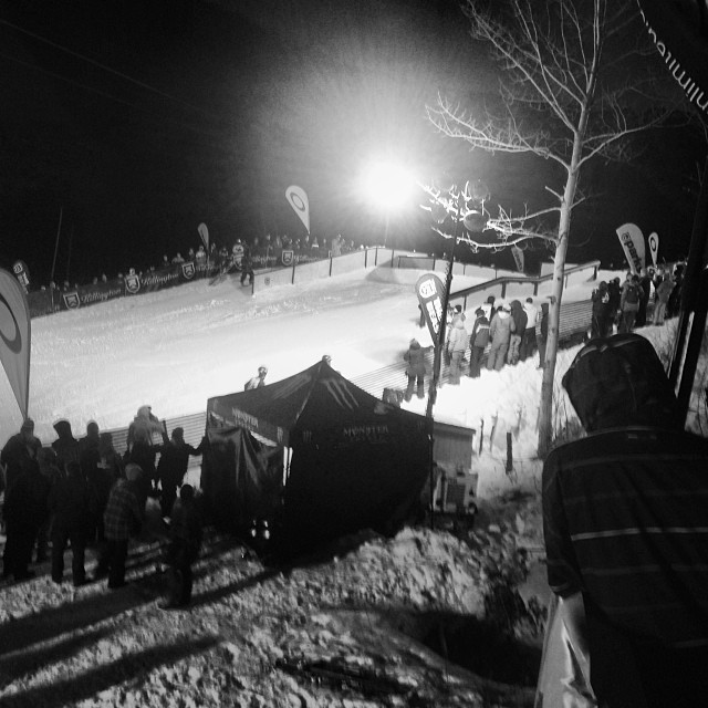 Rails 2 Riches kicking off at @killingtonparks #rails2riches #steezmagazine @bernunlimited