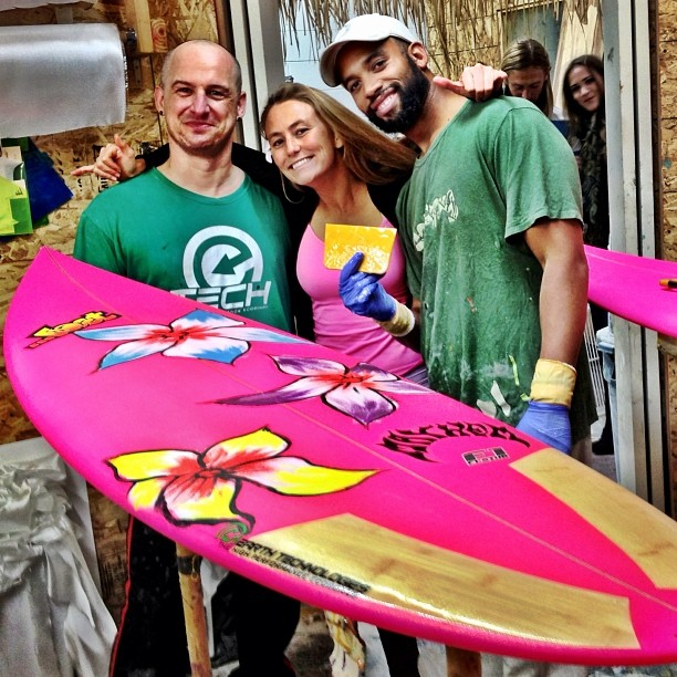 One board done, two to go! Go green or go home:-) We all, without masks, watched the @etechboards masterminds glass my new @lostsurfboards Eco board with bamboo lams! #waveofthefuture #plantresin couldn't be more stoked! @sustainsurf