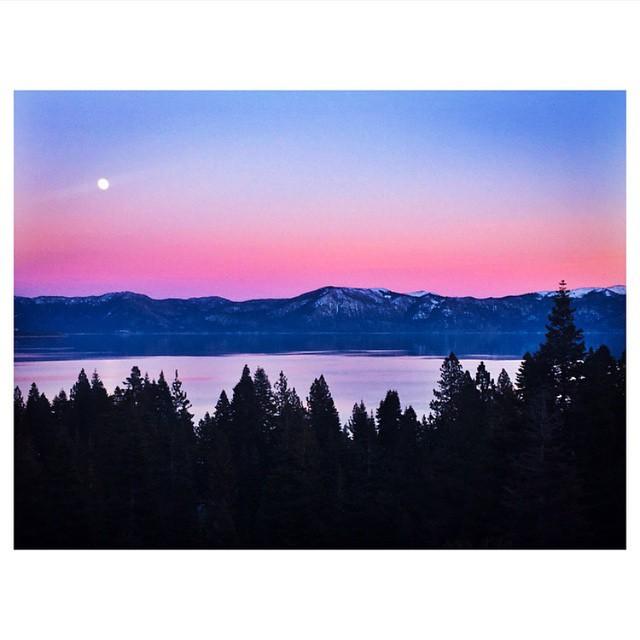 Full moonrise yesterday. #thisistahoe