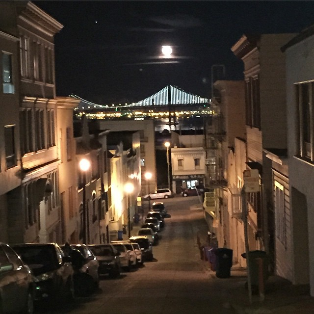 I see a bad moon rising, I see trouble on the way #CCR #sanfrancisco #moon #baybridge