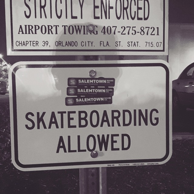 Setting those parking lots free. #skate #skateboard #skatetheedges