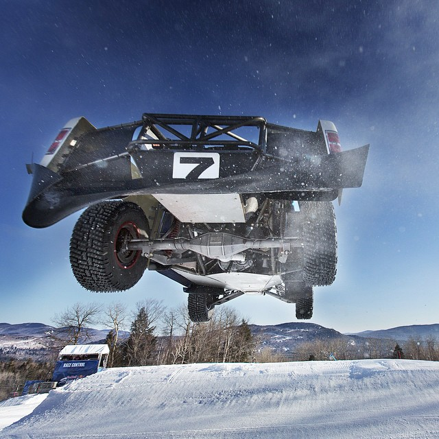 Heads up! Red Bull #FrozenRush is streaming live on Red Bull TV & redbull.com/frozenrush tomorrow at 12:30PM EST @brycemenzies7 by