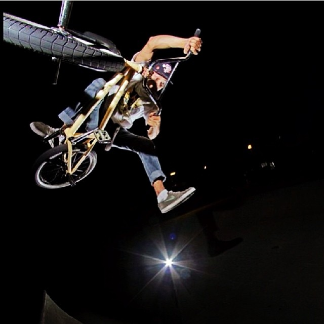 Team rider @corysun got all sorts of steeze! #bmx #riderowned #fdvclothing