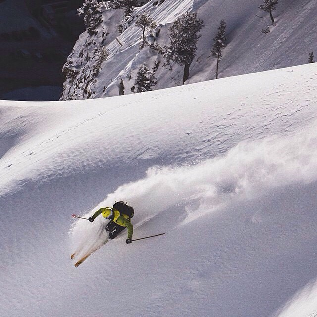 Two ridges away.... @parkcityrob lays one down // PC: @louisarevalo | #superior #LCC #plantyoursoul