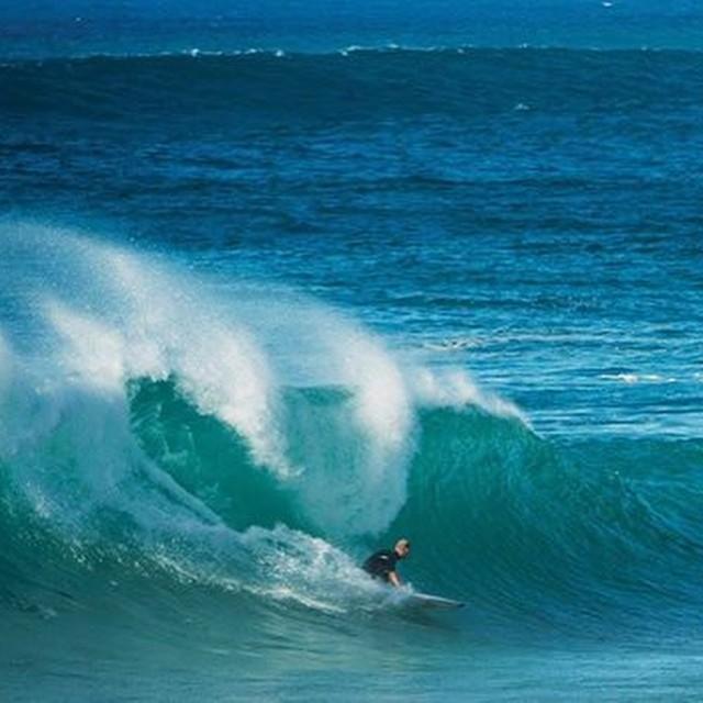 Como un chico en una dulcería.  @mfanno  #soul #surfing #waves #reef
