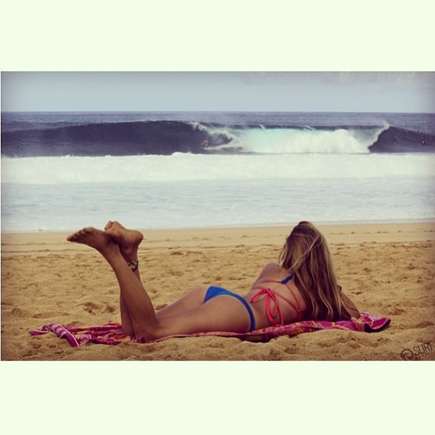 @shannonquirk #chwcking the #surf at #pipeline. Tag and follow @odinasurf @thesurfchannel and #bikiniadventure to enter to #win an #Odina #2014 #Bikini. Contest winner will be announced at the end of the #vanstriplecrown --- #hawaii #northshore #ns...