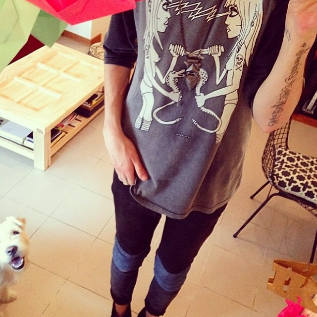 Nuestro friend blogger @paulfava con su Remera Featured Artist #ss14 #volcom #featuredartist #ozzie #volcomtee