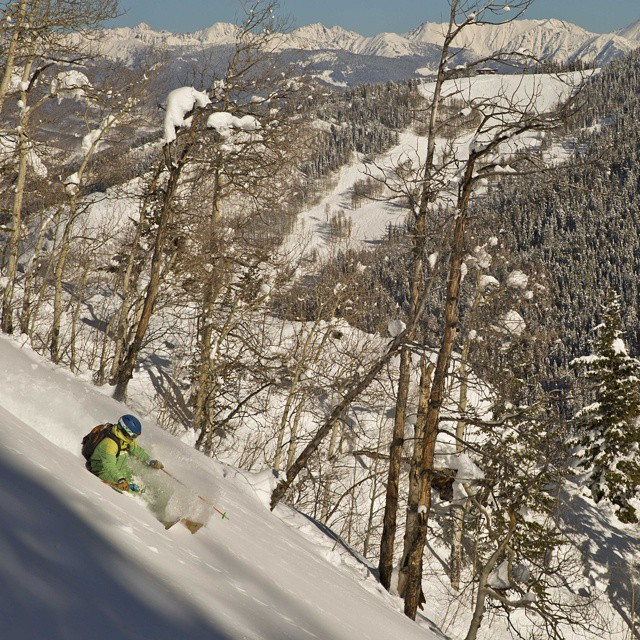 Builder and athlete @d.r.e.w.rouse finding #powder stashes #orangehot #gorerange #vail @benkoelkerphoto
