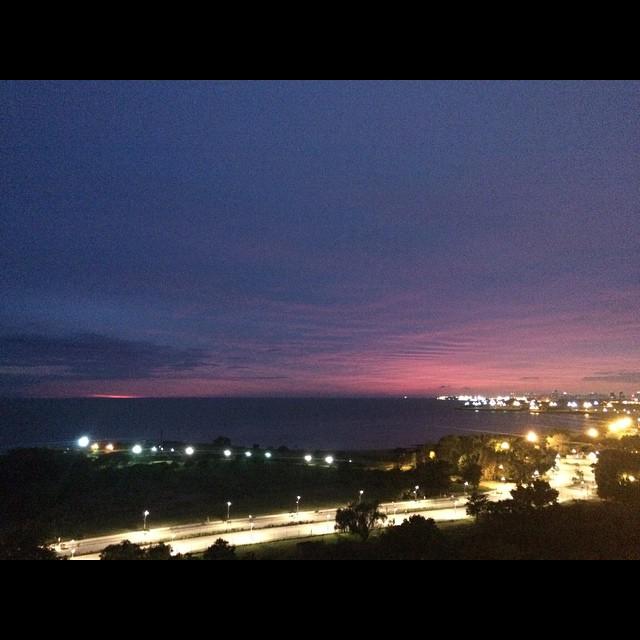 5:26hs #sinFiltro # #bsas #vtelopez cc @jnquinteros @satiannaya