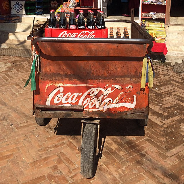 Yep. This is really how coke is delivered around some parts of Kathmandu. And in glass bottles. It's the small things that make you love a place. #cocacola #pushcart #nofilter #kathmandu #nepal #estwst