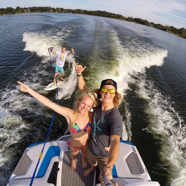 Who's going to win the selfie contest?! Keep tagging us in your pics! We're wake surfing in the heart of Florida with @npiproductions who's rocking the Sahara Solo! #Kameleonz #lifesabeach #thisismybeach #sahara #gopro #gopole #goscope #wakesurfing...