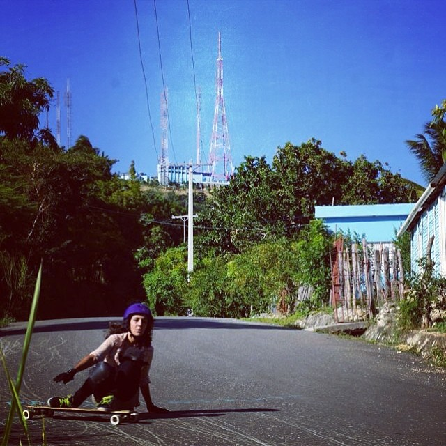 @cathykat09 drifting a corner in the #DominicanRepublic ! #longboardgirlscrew