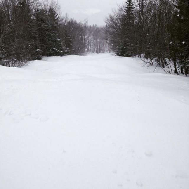 #mountsnow yesterday #powder #ilovermont #skiing #snowboarding #sendit #powlaps #snow #justsendit @valleybikeandskiwerks