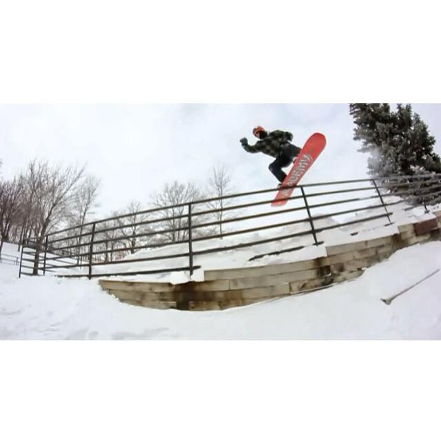 Team rider from #Minnesota @caseypflip❄️#FrostyHeadwear #FrostyVision #Snowboarding #EmbraceYourOpportunity