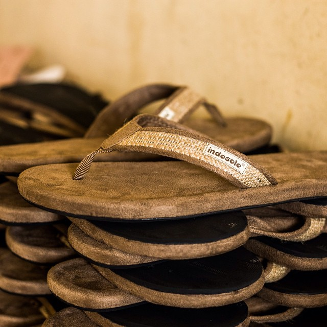The Tan Burlap Sandal - up close and personal with our original sandal model, patiently waiting to be placed comfortably into a box and sent to meet one of your lucky feet ✌️ #tanburlap #soleswithsoul
