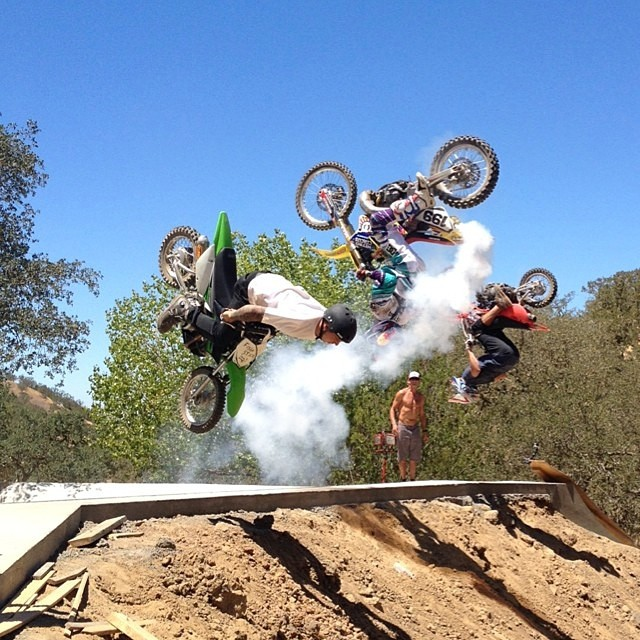Triple back flip! #gkc madness with @trevor.jacob @dustywygle and @travispastrana #moderndaymadmen #ridethelightning ⚡️