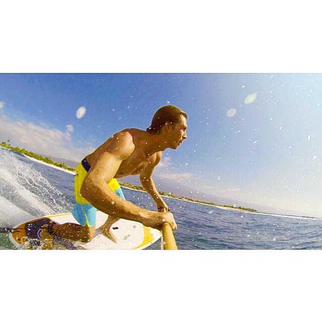 Believe in your selfie  #imaginesurf #itakebioastin #konaboys #rareformoutdoors #ripcurl #dakinesurf #fcssurf #isurfiyoga #navitasnaturals #kaenon #phpaddles #bamboopaddle #supconnect #livewaiakea #wiseguides #gopro #oceanpaddlertv #olukai...