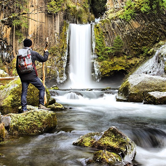 Out exploring the #GreatOutdoors in the #RuckusSack backback. #MindfullyManufactured #PNW #Waterfalls ||