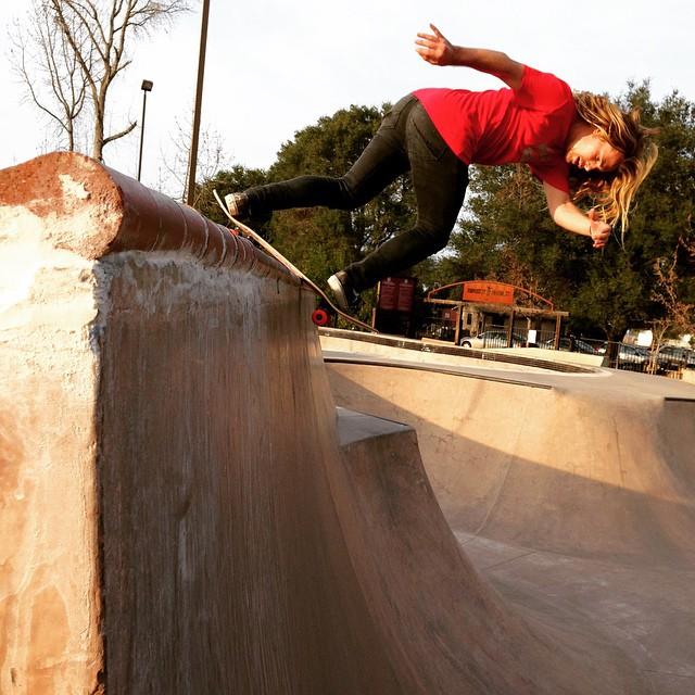 @camrev33 @arborskateboards #skateboarding #caliberstandards