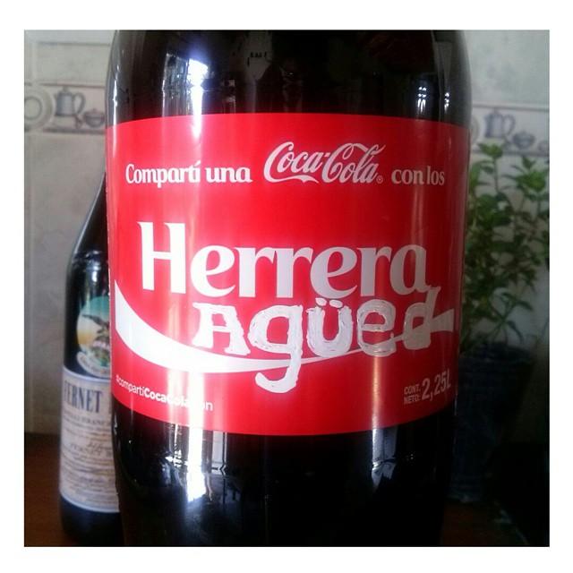 Toodo listo para mi cumplee! Compartí una #Cocacola con los Herrera Agüed ;) #birthday #cumple  #feliz #ocurrencias #Hermana #genia #instamoment #instafest