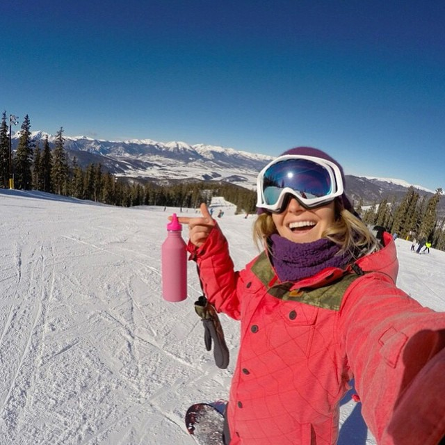 #TeamB4BC rider @JamieAnderson keeps hydrated and environmentally friendly on the slopes with her pink Mizu x B4BC bottle! Check out all our @mizulife styles at www.b4bc.org/shop #behealthygetactive