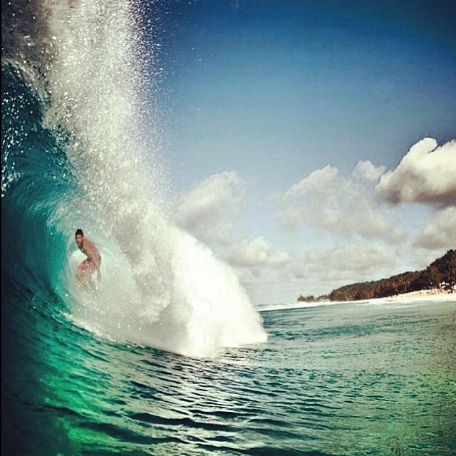 Feli Suárez #offthewall #hawaii #volcom #volcomfamily @felisuarez1 @juanbacagianis