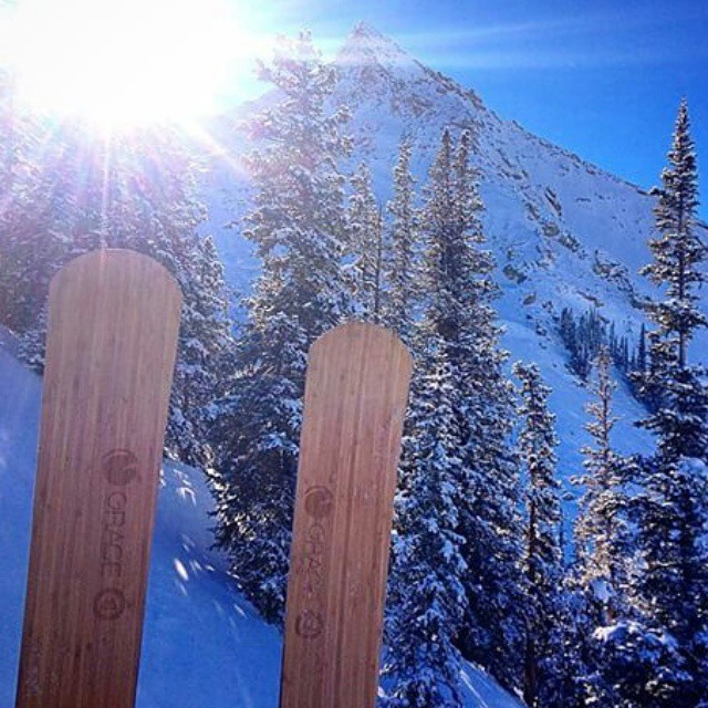 Beautiful photo by athlete @alexriedman of her custom #Jakes in the @skicrestedbutte sun. #orangehot #skis #Colorado