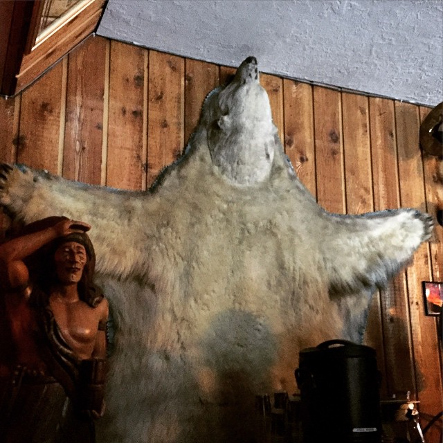 Bear hug anyone? @altaperuvian #apres #jameson #shots #alta #snowboarders