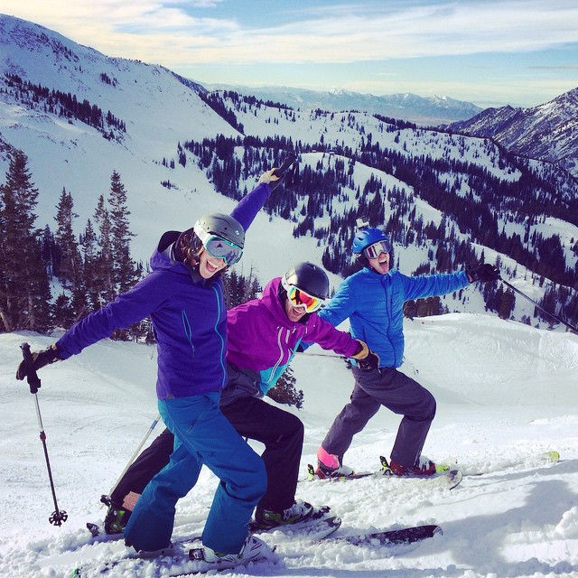 Sun skiing with @adventurescience !! #snowbird #outdoorretailer